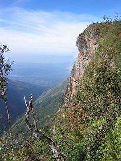 World's End, Horton Plains National Park, Sri Lanka (www.secretlanka.com)