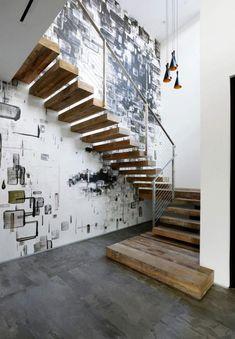 papier peint moderne et escalier sans contremarche