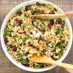 Warm Chicken Salad, Asian Chicken Salads, Chicken Salad Recipes, Healthy Salad Recipes, Asian Salads, Cranberry Chicken, Cranberry Salad, Salad Dishes, Main Dish Salads
