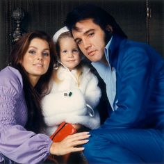 The ORIGINAL from a family photo session: Priscilla, Lisa Marie and Elvis at their 1174 N. Hillcrest Road home in Los Angeles, CA on December 10, 1970. Photo by Frank Carroll.