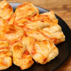 Pizza Puff Pastry Twists Recipe by Tasty