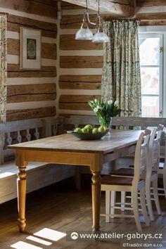 Ateliér Gabryš - Kuchyně Swiss Cottage, Cosy Kitchen, Farms Living, Home Reno, Cottage Style, Home Kitchens, Dining Bench, Living Room, House Styles