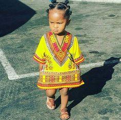 Cute African baby wearing a Dashiki 💜 African Attire, African Wear, African Dress, African Fashion, Kids Fashion, African Style, African Babies, African Children, African Women