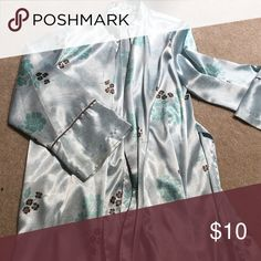 Intimate robe Barely worn Intimates & Sleepwear Robes