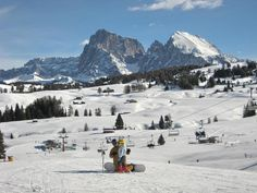 llll➤ Enjoy winter, snow and fun on the slopes and find your favourite skiing area in South Tyrol – the range is very vast. Read more about skiing in South Tyrol! South Tyrol, Winter Sports, Winter Holidays, Mount Everest, Skiing, Paradise, Mountains, Travel, Winter
