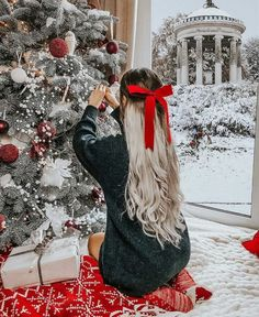 Image about christmas in 🎅 Xmas 🎄Holidays 🍾 by Miss Jessie J Christmas Couple, Christmas Mood, Cozy Christmas Outfit, Christmas Onsies, Xmas Holidays, Christmas Portraits, Christmas Photos, Tumblr Christmas Pictures, Holiday Pictures