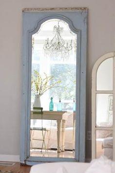 Ideias para reaproveitar portas e janelas antigas na decoração ...      É muito comum em reformas e demolições, portas e janelas serem...