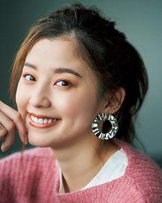 Singer Talent, Actor Model, Japanese Girl, Art Reference, Beauty Makeup, Celebs, Drop Earrings, Actors, Pretty