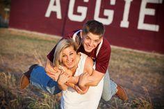 Cute Aggie Barn Engagement photos!