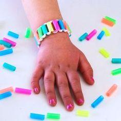diy bracelets Awesome bracelets for kids to make! These are easy and fun DIY bracelets for kids of all ages. Crafts For Kids To Make, Craft Activities For Kids, Preschool Crafts, Button Crafts For Kids, Cool Diy, Fun Diy, Creative Crafts, Easy Crafts, Diy Straw Crafts