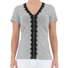 Blusa em Malha de Viscose Mescla com Decote V e Renda - Del Carmen By Sarruc.