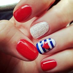 Beautiful Independence day colors nail design