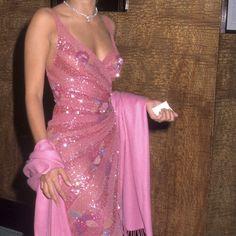 2000s Fashion, Look Fashion, Fashion Outfits, Fashion Design, High Fashion Dresses, Couture Fashion, Runway Fashion, Pretty Dresses, Beautiful Dresses