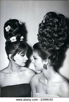 this EVER really look fashionable? chignon roger pasquier this EVER really look fashionable? Bad Hair Day, Big Hair, 1960s Hair, Beehive Hair, Retro Hairstyles, Crazy Hairstyles, Wedding Hairstyles, Pin Curls, Our Lady
