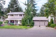 For a showing, contact Shannon Woodcock at 206.484.5330. Fantastic Location on this 4-bed 2.25 bth cul-de-sac sited home w/hardwoods throughout main. Wonderful, large yard w/exceptional entertain. deck for parties, gatherings & summertime dining! Large bedrooms, super WIC + 3/4 bath off master, family rm right off kitchen opens to deck/backyard. Light, bright updated kitchen + large dining rm. Super Northshore Schls. ~ Inglemoor HS.