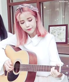 Untitled — fymoonbyul: 180414 K 2018 Kick-Off © . Kpop Girl Groups, Kpop Girls, Hair Gif, Solar Mamamoo, I Love My Wife, Pink Aesthetic, Pink Hair, Aesthetic Pictures, My Girl
