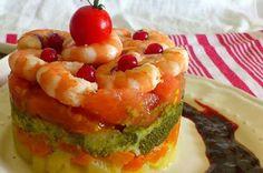 25 Recetas de divinas ensaladas que vas a querer hacer durante todo el año Seafood Recipes, Vegetarian Recipes, Cooking Recipes, Healthy Recipes, Tapas, Food Goals, Greens Recipe, Cooking Time, Food And Drink