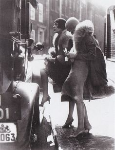 zerryboterr:  1920s fashion inspiration on We Heart It. http://weheartit.com/entry/87517489