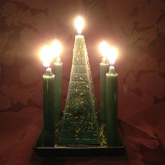 For long-lasting prosperity. Candle Magic, Candle Spells, Prosperity Spell, Gypsy Spells, Janis Joplin, Parlour, Black Magic, The Conjuring, Spelling