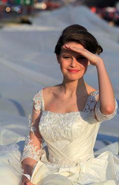 World's Longest Wedding Dress (Reuters)