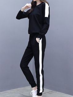 Korean Girl Fashion, Ulzzang Fashion, Korean Street Fashion, Korea Fashion, Sporty Outfits, Korean Outfits, Cute Casual Outfits, Girls Fashion Clothes, Teen Fashion Outfits