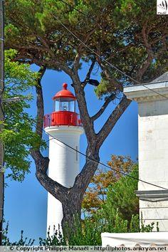 Phare à la Lanterne Rouge - La Rochelle (Charente-Maritime)