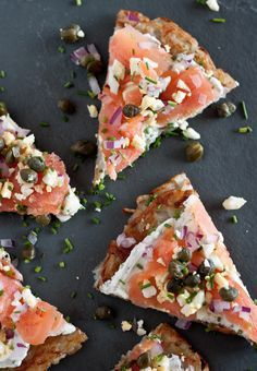 Smoked Salmon Potato Tartine is the distant cousin to the pizza, but created with a potato crust. An array of flavors topped with Smoked Salmon! Salmon Recipes, Seafood Recipes, Cooking Recipes, Healthy Recipes, Potato Recipes, Cooking Tips, I Love Food, Good Food, Yummy Food
