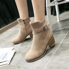 beec663093ded Pas cher Plus la taille 34 43 Automne Hiver Femmes Bottes Solide Européenne  Dames chaussures Martin