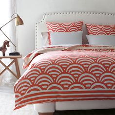 Love this coral duvet. Digging the pattern too!