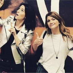 Carmilla And Laura, Carmilla Series, Elise Bauman, Lesbians, Celebrity Crush, Queens, Gay, It Cast, Ships