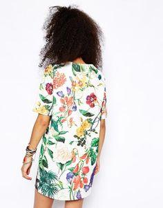 Agrandir ASOS - Robe t-shirt à imprimé botanique texturé
