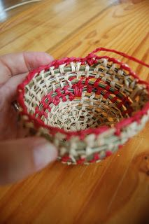 MamaMoontime: Simple basket weaving tutorial with Deb Cole