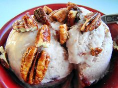 Pomegranate ice Cream with Candied Pecans -  Yumm!!