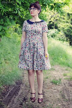 Minerva Blogger Network: a floral Emery dress