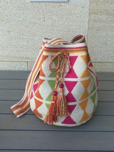 Tapestry Crochet Patterns, Crotchet Patterns, Crochet Handbags, Crochet Purses, Mochila Crochet, Tapestry Bag, Art Bag, Boho Bags, Crochet Baby Booties