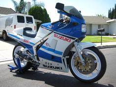 Suzuki RG500, 2 stroke supersport bike
