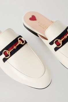 Gucci Slippers White, Leather Slippers, Smooth Leather, White Leather, Loafer Shoes, Loafers, Gucci Shirts, Fashion Advice, Off White