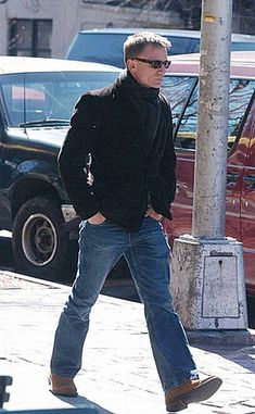 Strolling_around | danielcraig.craig | Flickr