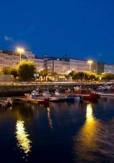 Barcos en el náutico. Yachts, Cities, Events, Scenery