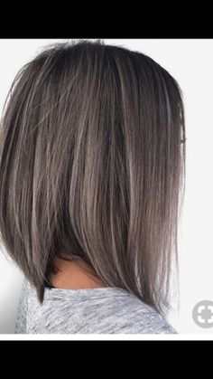 Cut and color - Best New Hair Styles Grey Brown Hair, Brown Hair Colors, Medium Hair Styles, Short Hair Styles, Grey Hair Journey, Gray Hair Highlights, Hair Color And Cut, Great Hair, Hair Today