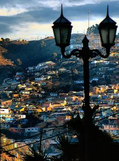 Valparaiso, Chile Santa Lucia, Cool Places To Visit, Places To Go, Places Around The World, Around The Worlds, Trinidad Y Tobago, Cities, In Patagonia, Chili