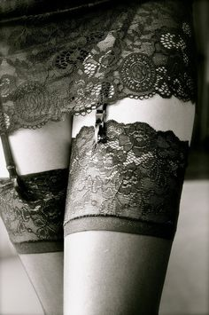 ❦I Love  wear, hose instead of pantyhose, something I will never wear! LD.