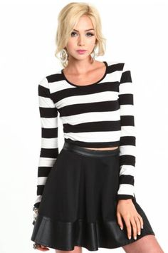 Knit crop top in wide nautical feel stripes. Form fitting.