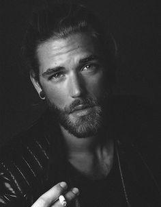 Ben Dahlhaus by Esra Sam Moustaches, Ben Dalhaus, Beautiful Boys, Gorgeous Men, Beautiful People, Man Smoking, Men Photography, Portraits, Male Face