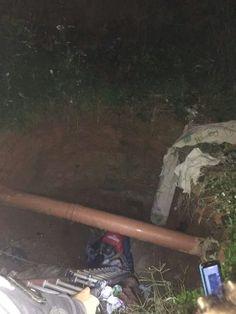 Corpo de Bombeiros socorre mulher que caiu em buraco em Lavras MG