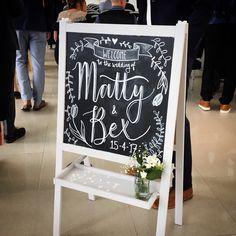 Welkomstbord, Krijtbord met namen Bruiloft decoratie – Oh Pretty Paper