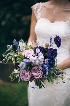 MareeWilkinson_Leaf&Honey, Blue and purple bride's bouquet