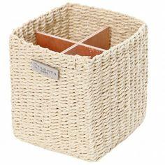 Apua keittiön kaaokseen  #luhtahome #ystavanpaiva Tissue Holders, Laundry Basket, Facial Tissue, Korit, Wicker, Home, Decor, Decoration, Ad Home