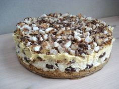You searched for Bokkepootjestaart - Glowofbeauty Dutch Recipes, Sweet Recipes, Baking Recipes, Cake Recipes, Snack Recipes, Dessert Recipes, Happy Foods, Pie Dessert, Food Cakes