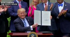 Trump Signs Religious Freedom Executive Order in Front of Interfaith Gathering at White House | Christian News Network